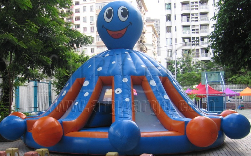 Octopus Inflatable Bounce House